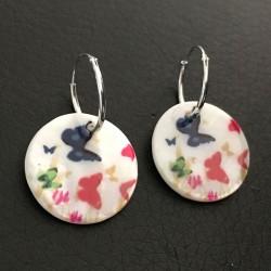 Boucles d'oreilles créoles argent 925 pendants nacre décorés papillons
