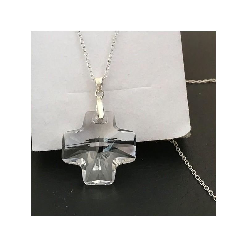 Collier pendentif croix cristal Swarovski et argent 925/000 sur chaine