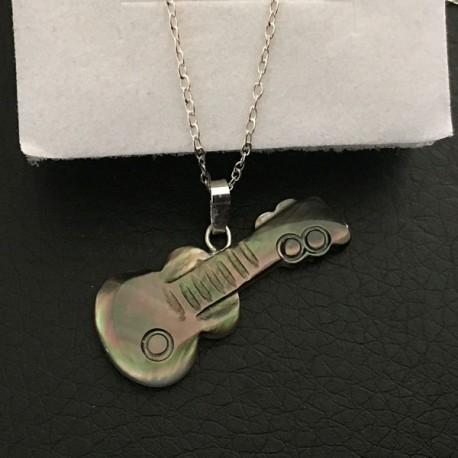 Collier argent 925/000 pendentif guitare en nacre grise irisée
